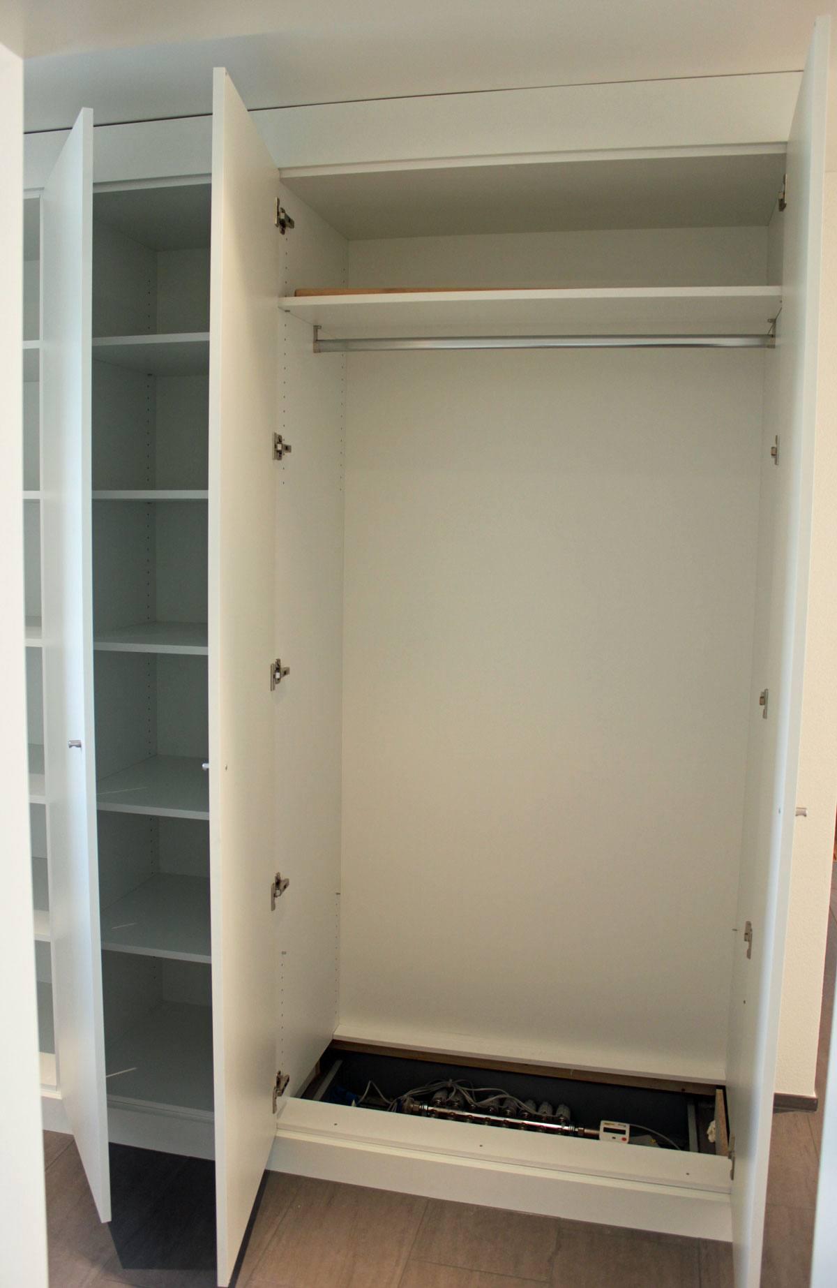 mass. Black Bedroom Furniture Sets. Home Design Ideas